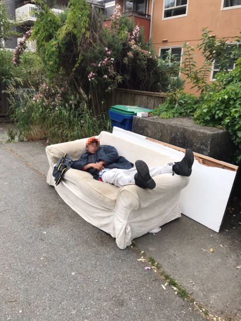 Couch Removal Vancouver Old Furniture Pick Up Sam S